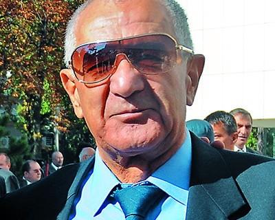 Dorin Arădăvoaicei - Senior Editor