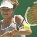 Monica Niculescu s-a calificat în semifinalele turneului de dublu de la Praga