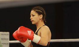 Corina Cârlescu, învinsă prin KO tehnic în meci pentru titlul mondial WBO