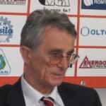 Trei candidaţi vor să fie şefi peste handbalul românesc