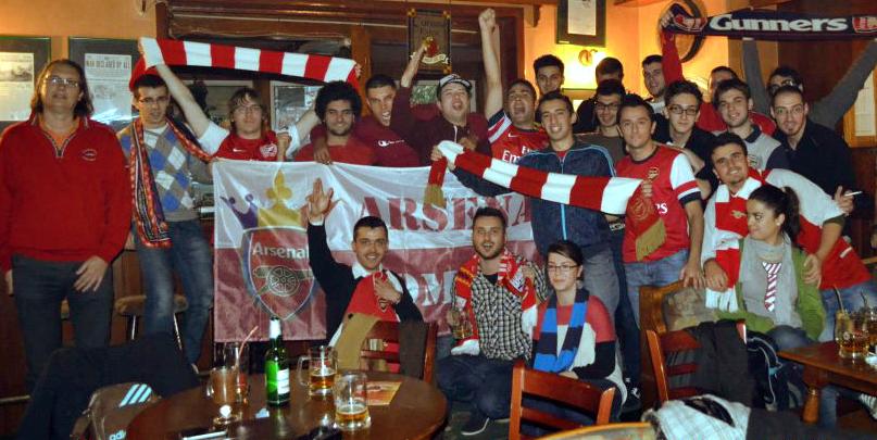 """""""Be a gunner, be a runner"""" cu Arsenal Fan Club România"""
