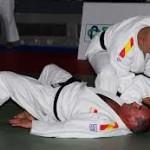 Două medalii de aur și un argint la Europenele de kata