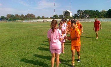 Echipa de oină a Școlii Gimnaziale Salcia, Suceava, a câștigat Olimpiada Națională a Sportului Școlar
