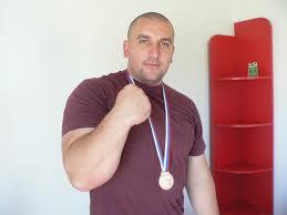 Patru medalii pentru români la Europenele de skandenberg din Lituania