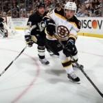 Victorii pentru Chicago Blackhawks şi Boston Bruins în finalele conferinţelor NHL