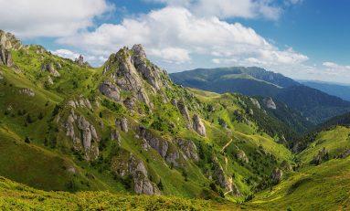 """""""Asociaţia Brașovul Pedalează"""" organizează o incursiune în Masivul Ciucaș"""