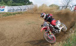 Mihai Stoichescu a câştigat etapa de Motocross Cup cu o motocicletă veche de şapte ani