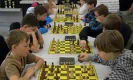 Tinerii şahişti ai României se întrec la Campionatul Naţional pentru juniori