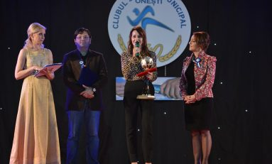 Nadia Comăneci, alături de CSM Oneşti la împlinirea a 40 de ani de existenţă