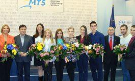 Componenţii lotului naţional de gimnastică aerobică au fost premiaţi de MTS cu 460.000 lei