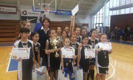 Svetlana Drăguşin a felicitat CSS 6 pentru câştigarea Turneului Internaţional de baschet U12