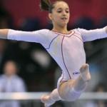 Larisa Iordache a cucerit trei medalii în finalele pe aparate