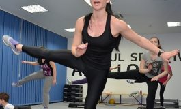 Campioana la gimnastică din sala de aerobic