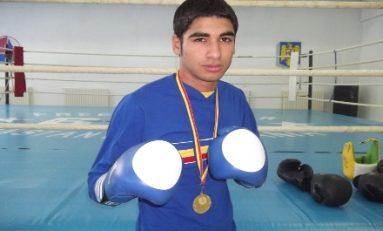 Arsen Mustafa și-a asigurat medalia la CM de box pentru tineret