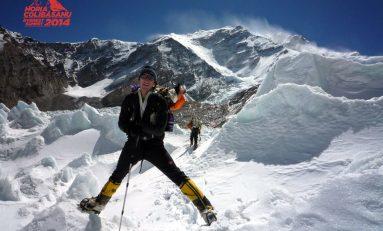 Începe ascensiunea spre Vârful Everest pentru Colibăşanu şi Hamor
