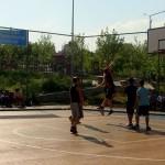 Tinerii bucureşteni s-au distrat de ziua lor în Parcul Tineretului