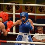 Steluţa Duţa deschide seria victoriilor româneşti în ziua a treia a CE de box feminin