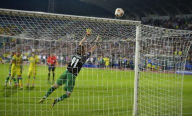 Steaua ratează dramatic grupele Champions League. Moţi apără două lovituri de departajare