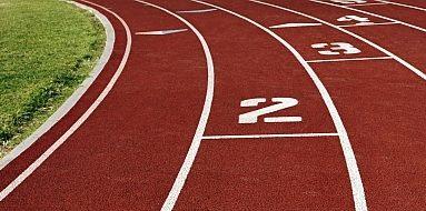 România organizează a treia oară Campionatele Balcanice Masters de atletism