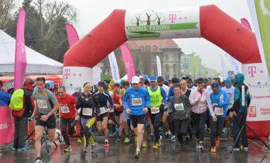 Peste 1000 de alergători au trecut linia de finish la Crosul Pădurii powered by Telekom!