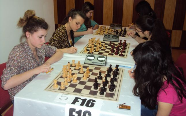 Naționale de șah pe echipe de copii, cadeți și juniori, la Iași
