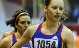 Bianca Răzor și Florina Pierdevară, campioane balcanice la Pitești. Alte 13 prezențe pe podium în prima zi