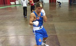 Cosmin Girleanu va boxa pentru aurul mondial la juniori. Alberto Biro rămâne cu bronzul
