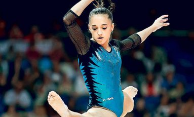 Larisa Iordache și gimnastele echipei Dinamo București, campioane naționale