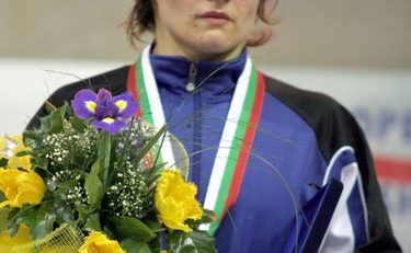"""Medalie pentru România la CE de lupte: Estera Dobre s-a """"logodit"""" cu argintul european"""