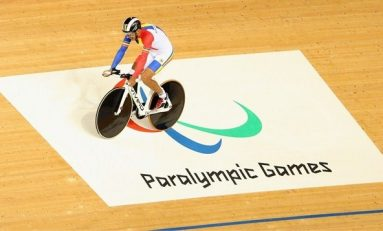 Dublul medaliat paralimpic a revenit în țară