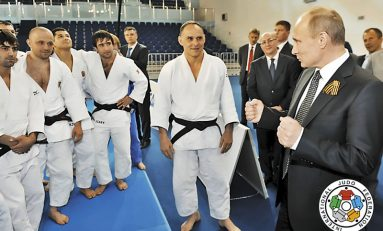 Vladimir Putin critică excluderea disciplinei lupte de la Jocurile Olimpice