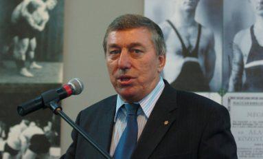 Preşedintele Federaţiei Internaţionale de Lupte a demisionat