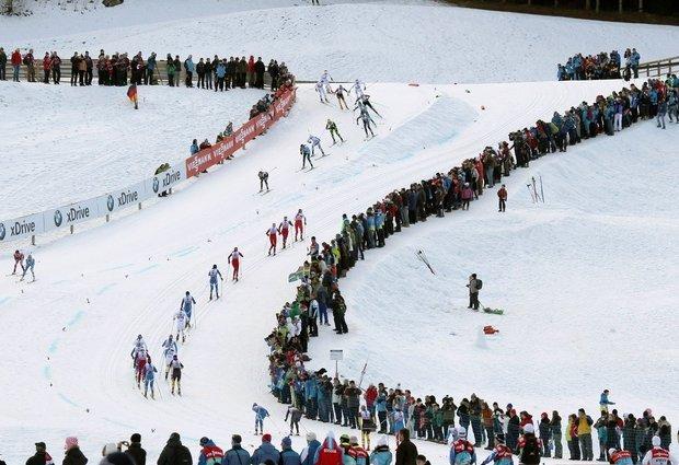Bjoergen și Kriukov, primii campioni mondiali, la sprint