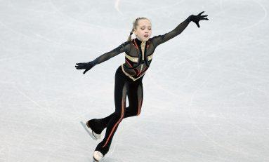 Podiumuri mondiale cu juniori americani și junioare din Rusia