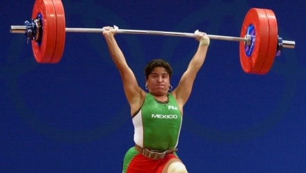 A murit halterofila Soraya Jimenez