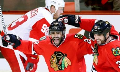 Chicago Blackhawks-Detroit Red Wings 4-1, în semifinalele Conferinței de Vest din NHL