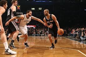 Spurs, la o victorie de marea finală NBA