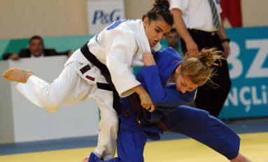 11 podiumuri la judo pentru CSM Baia Mare la Cupa Transilvaniei