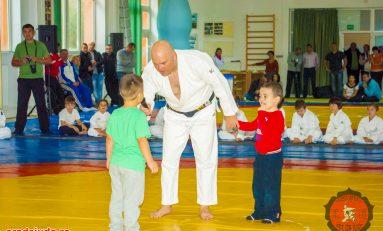 """Laurenţiu Jurcă - """"Judo preşcolar - pas cu pas de la 3 la 7 ani"""", o lansare de carte mult așteptată"""