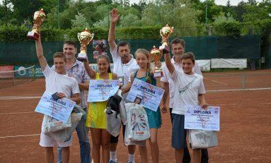 Cei mai buni sportivi ai Iaşului, premiaţi la Gala Laureaţilor Sportului Ieşean