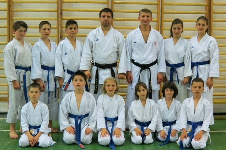 Secţia de karate SKDUN ridică nivelul CSU Braşov
