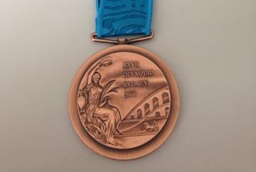 Lance Armstrong a returnat medalia de bronz câștigată la Olimpiadă