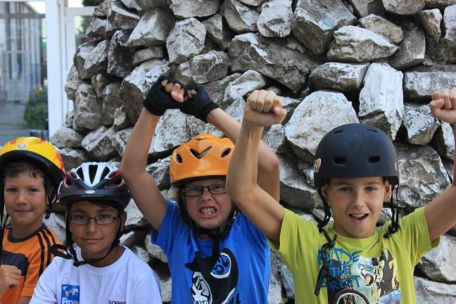 La mulți ani, Bucharest Sport Club! Zece ani printre copii și pentru copii