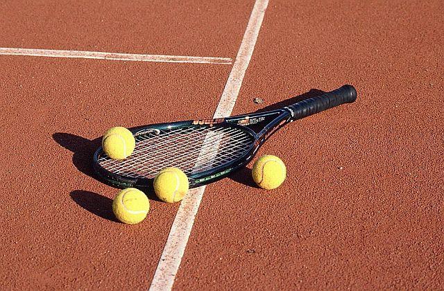 Studenţii au jucat tenis la Bucureşti