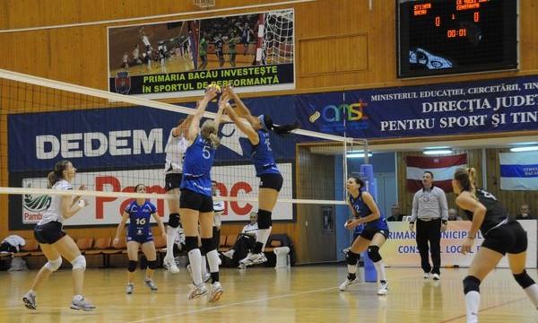 Dinamo şi Ştiinţa Bacău, la egalitate după primele meciuri din finala Diviziei A1 de volei feminin