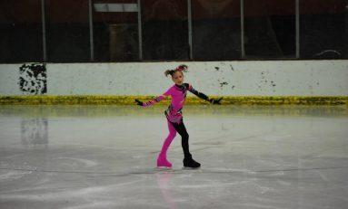 EXCLUSIV Cinci patinatori juniori ţintesc calificarea la Campionatul Mondial de patinaj artistic