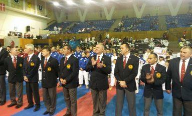 Peste 600 de sportivi au luat startul la Cupa Campionilor Europeni de karate WKC