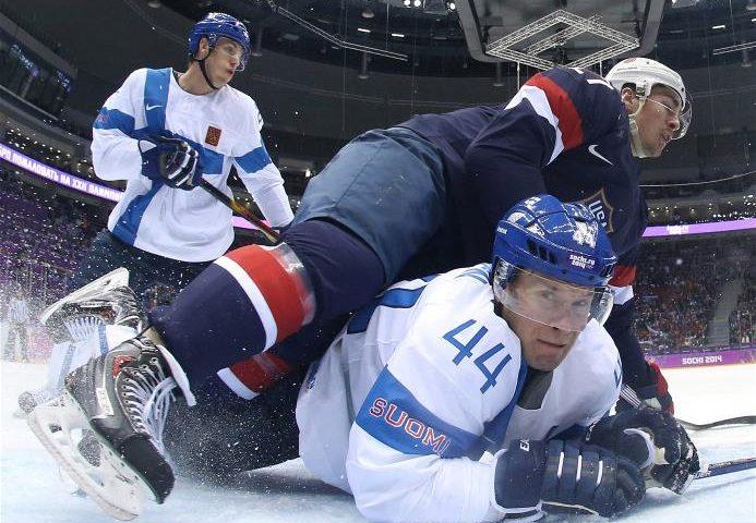 J.O. de la Soci / Finlanda a făcut de râs SUA şi a câştigat medalia de bronz la hochei