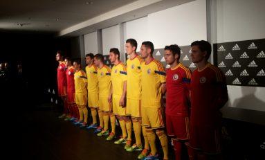 """Tricolorii, în """"straie"""" noi pentru meciul cu Argentina"""