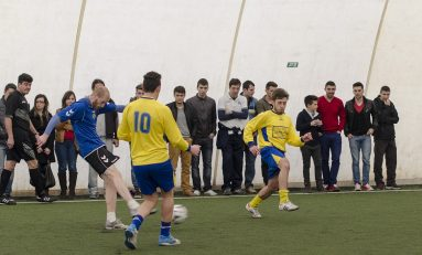 S-a dat startul Campionatului Universitar de Minifotbal. La Bucureşti meciurile au fost reprogramate